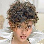 capelli corti ricci13 150x150   Dai forma ai tuoi ricci! 40 foto per scegliere il taglio capelli che fa per te!