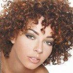 capelli corti ricci18 150x150   Dai forma ai tuoi ricci! 40 foto per scegliere il taglio capelli che fa per te!