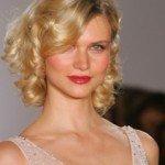 capelli corti ricci25 150x150   Dai forma ai tuoi ricci! 40 foto per scegliere il taglio capelli che fa per te!