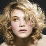 capelli corti ricci37 150x150   Dai forma ai tuoi ricci! 40 foto per scegliere il taglio capelli che fa per te!