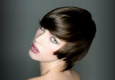 moderno caschetto   Estate 2009: 30 foto per scegliere il taglio capelli più fashion!
