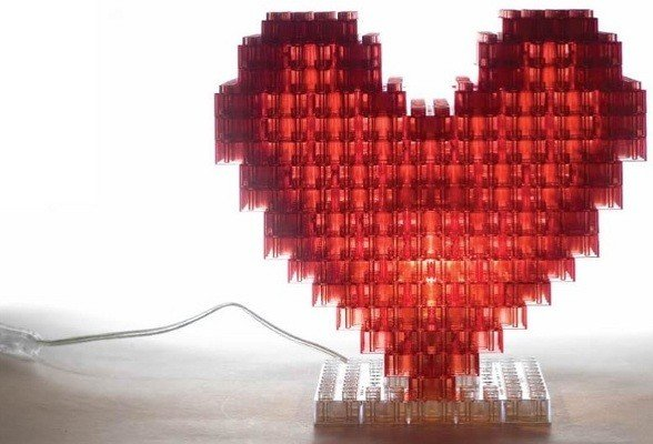 Kreaton crea la tua lampada con dei mattoncini in for Crea la tua casa dei sogni