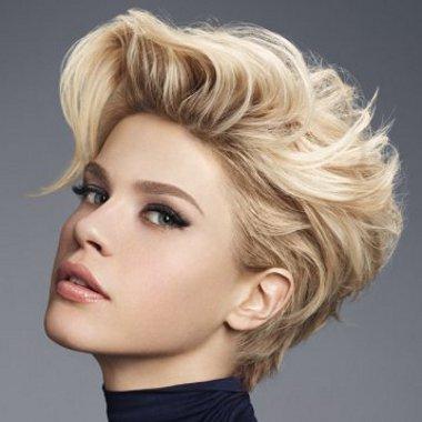 camille albane   Tagli capelli corti biondi: 30 foto per scegliere il tuo nuovo look!