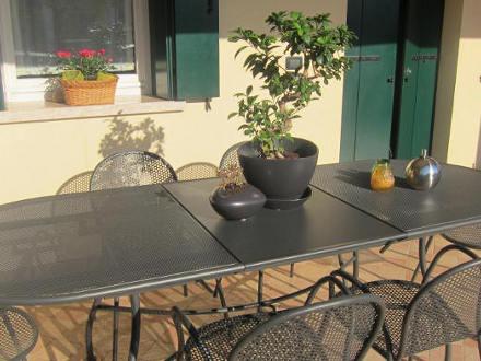 tavolo-da-esterno_ferro-battuto