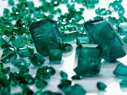 verde smeraldo colore 2013