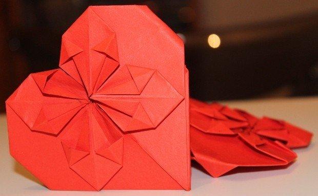 biglietto origami cuore