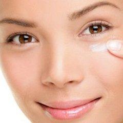 Crema-viso-antirughe-applicazione