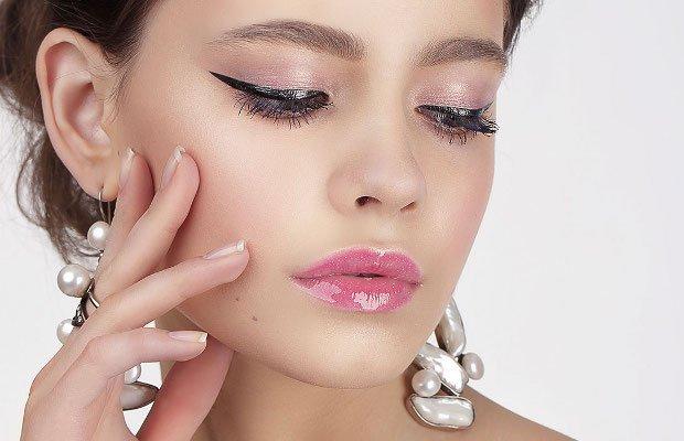 applicare-l-eyeliner